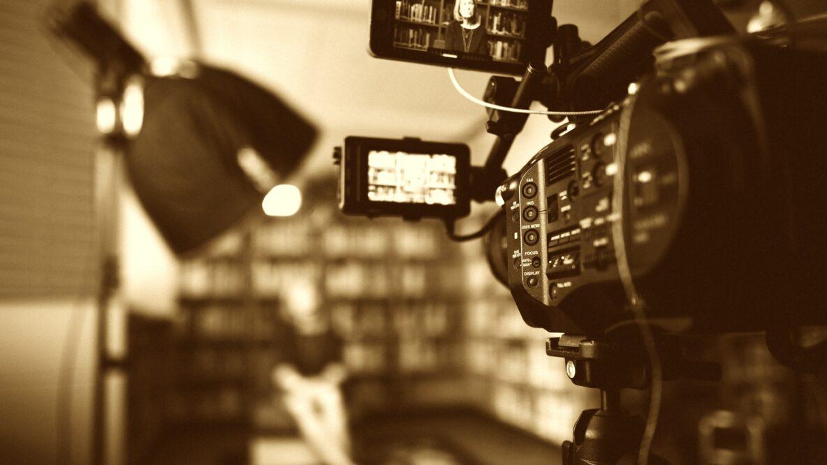動画制作の一連の流れ! 発注前のポイントや費用の内訳も紹介